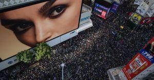 Hàng trăm nghìn người Hồng Kông lại biểu tình trong ngày Chủ Nhật