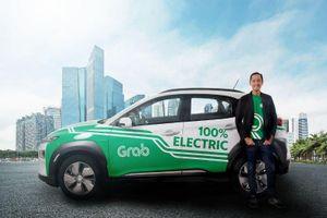 Grab đem xe hơi điện phục vụ khách