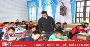 Thương học trò miền núi Hà Tĩnh, giáo viên biệt phái dồn tâm huyết, trí tuệ