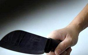 Truy tố nam thanh niên 9X cầm dao chém người vì bị nhắc nhở vợ chạy xe nhanh