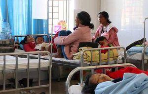 85 trẻ em bị ngộ độc sau khi ăn đồ từ thiện