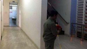Bình Dương: Nữ công nhân tố bị cướp, hiếp dâm trong nhà vệ sinh