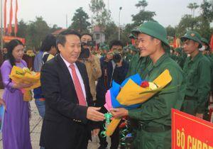 Quảng Trị: Tiếp bước truyền thống cha anh, huyện Cam Lộ tổ chức lễ giao nhận quân 2020