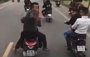 Triệu tập nhóm thanh niên điều khiển xe máy chặn đầu xe chở tân binh