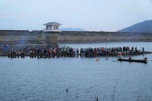 Đã tìm thấy thi thể nam sinh lớp 10 mất tích khi tắm hồ Sông Móng
