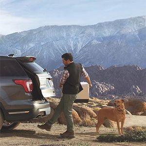 Ford giảm 269 triệu đồng cho Explorer và tái chế dầu ăn thành nguyên liệu cho Transit