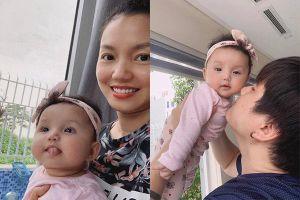 Con gái xinh như búp bê của Nguyễn Ngọc Anh và chồng kém tuổi