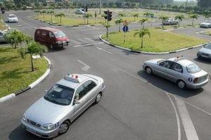 Đề nghị điều tra vụ 83 giáo viên dạy lái xe sử dùng bằng, giấy tờ giả