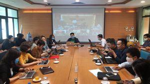 Hà Nội họp khẩn chống dịch COVID-19: Phun khử khuẩn tại quận Ba Đình, Đống Đa trong ngày 8/3