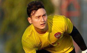 Văn Lâm dính chấn thương khi CLB đá tập thắng 6-0