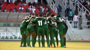 Cầu thủ qua đời ngay giữa trận đấu tại giải VĐQG Nigeria
