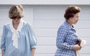 Khóc nức nở trước mặt Nữ hoàng vì scandal ngoại tình của chồng, Công nương Diana nhận lại phản ứng không ngờ