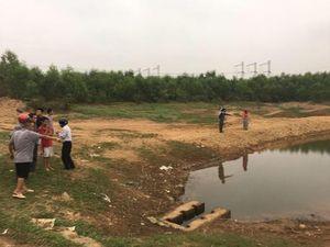 Quảng Trị: Trượt chân xuống cống xả nước, hai em nhỏ tử vong