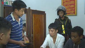 Bắt khẩn cấp nhóm đối tượng cướp tài sản trong khách sạn