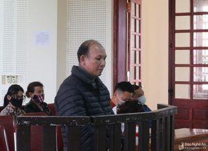 Chủ cửa hàng vàng ở Nghệ An khoe có 4 con đi nước ngoài để lừa đảo tiền tỷ