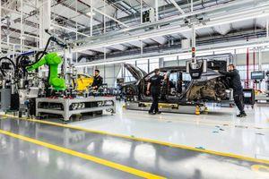 Lamborghini đóng cửa nhà máy vì Covid-19