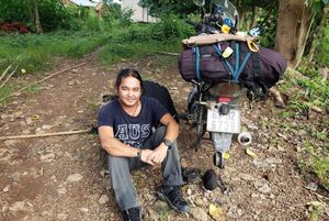 Phượt thủ Việt gặp sự cố ở châu Phi khi đi xe máy khắp thế giới