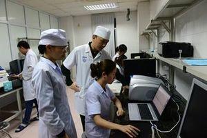 Bên trong Viện nghiên cứu, chế tạo bộ Kít phát hiện nhanh dịch Covid-19