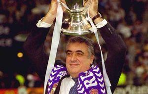 Nhiễm Covid-19, cựu Chủ tịch Real Madrid qua đời ở tuổi 76