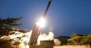 Triều Tiên xác nhận thử tên lửa đa nòng 'khổng lồ'