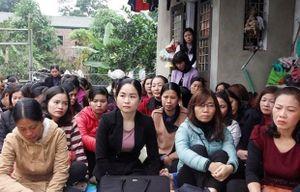 Giáo viên hợp đồng Hà Nội vẫn mòn mỏi chờ đặc cách