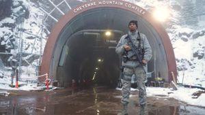 Mỹ lao đao vì COVID-19, Lầu Năm Góc rục rịch điều quân đến boongke trú ẩn