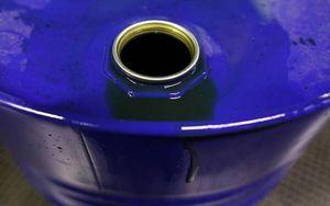 Tranh thủ giá dầu chạm đáy, Trung Quốc tăng mua dự trữ