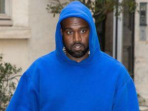Kanye West tự hào về thương hiệu Yeezy, muốn bán áo hoodie giá 60 USD