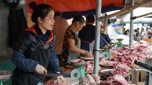 Vì sao lợn hơi xuống 70.000 đồng/kg, giá thịt bán ra vẫn cao?