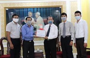 Thành phố Hồ Chí Minh tiếp nhận hơn 73,7 tỷ đồng hỗ trợ phòng chống dịch Covid-19
