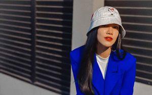 Á hậu Kim Duyên diện cây vest xanh hoàng gia cực chất