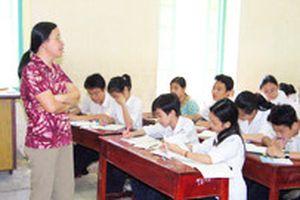 Trường THCS Nguyễn Trường Tộ, Hà Nội: Cho học sinh nghỉ vì... thiếu giáo viên!