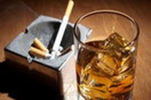 Chúng ta bia rượu và hút thuốc nhiều quá