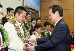 Thủ tướng trao giải thưởng Gương mặt trẻ tiêu biểu Việt Nam