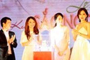 Ba hoa hậu cùng có mặt tại lễ ra mắt kem Sắc Ngọc Khang