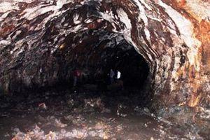 Hang động núi lửa vừa phát hiện tại VN rất độc, hiếm