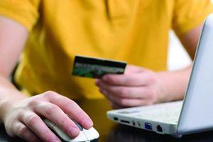 Mua hàng trực tuyến phát hiện lừa đảo, khách hàng bị dọa xẻo tai