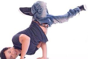 Kỳ nhân giữa đời thường: Kình ngư khuyết tật là vũ công hip hop