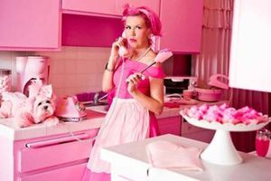 Cuộc sống của cô nàng 'cuồng' màu hồng nhất thế giới