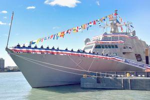Đáng gờm tàu chiến đấu ven biển Freedom thứ 4 của Mỹ