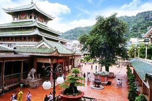 Những ngôi chùa người dân miền Nam thường đi tạ lễ cuối năm