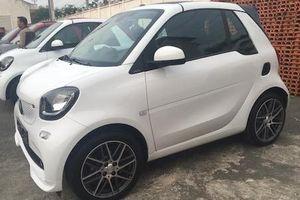 Ôtô 'siêu nhỏ' Smart Fortwo Brabus giá 1,4 tỷ về VN