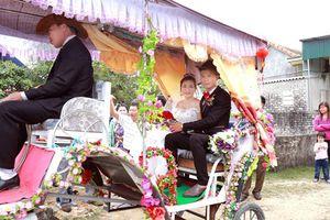9X xứ Nghệ rước dâu bằng xe ngựa: 'Muốn vợ em ấn tượng dù tốn kém'
