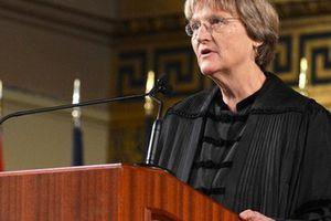 Hiệu trưởng Đại học Harvard: Từ 'cô con gái bất trị' đến người dẫn dắt các thiên tài