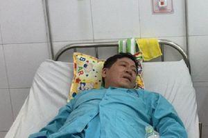 17 khách du lịch nhập viện sau khi ăn cơm gà, uống nước dừa