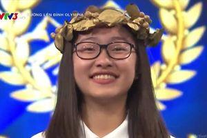 Nữ sinh xúc động khi lội ngược dòng cuộc thi tháng Olympia