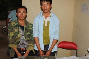 Sơn La: Bắt giữ 2 đối tượng vận chuyển 10 bánh heroin