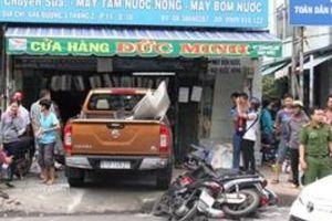 TP.HCM: Xe 'điên' gây tai nạn liên hoàn với 8 phương tiện khác