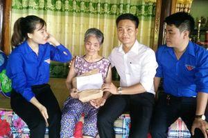 TAND tỉnh Quảng Bình thăm và tặng quà cho các mẹ Việt Nam Anh hùng