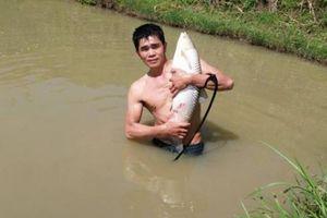 Làm giàu ở nông thôn: Kiếm tiền cục từ dịch vụ câu cá và nấu ăn ngon